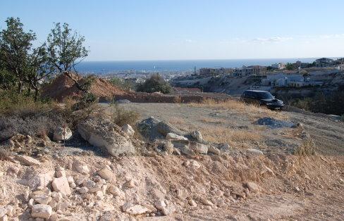 Участок земли в Агиос Тихонас, Лимассол